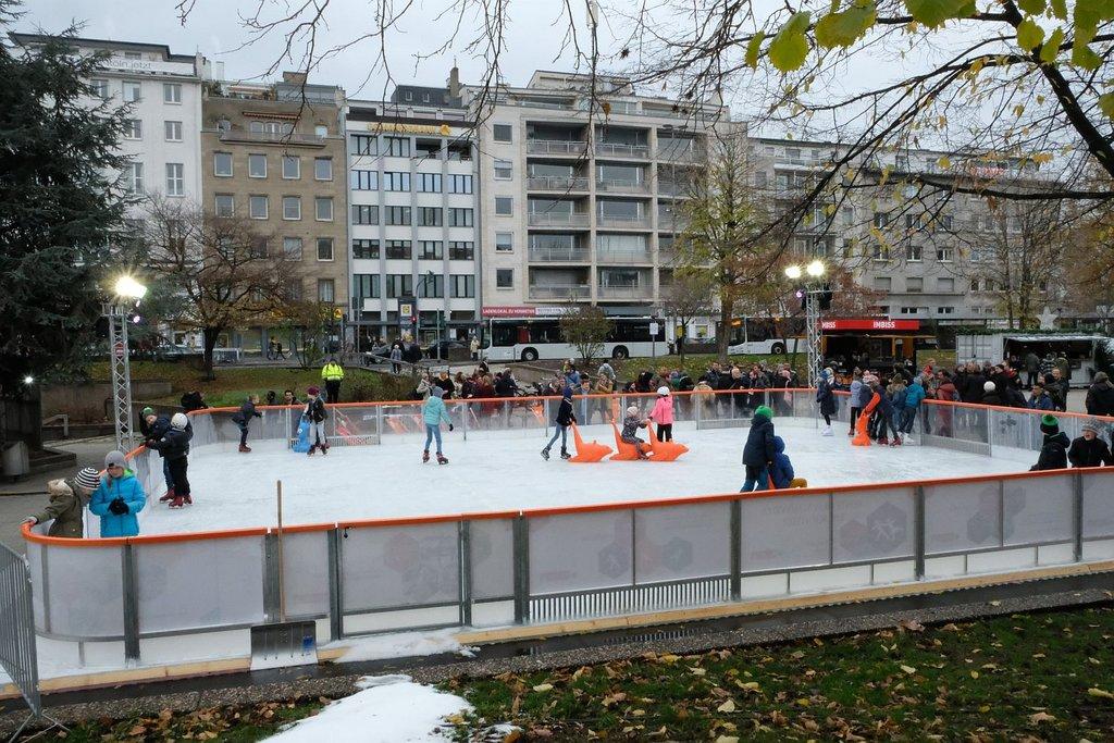 Koeln Magazin Eislaufen Auf Dem Ebertplatz