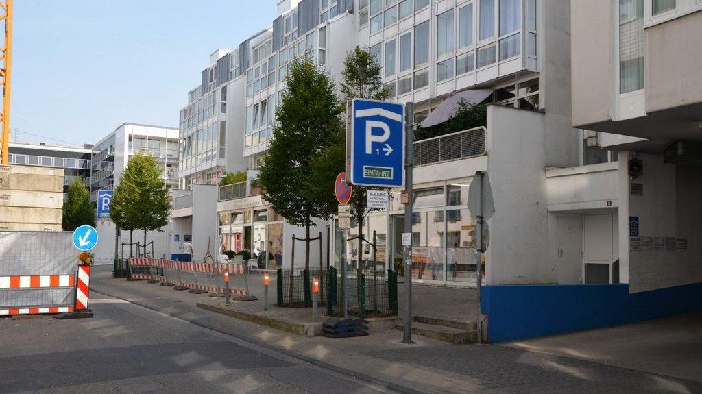 Parkhaus Bazaar De Cologne